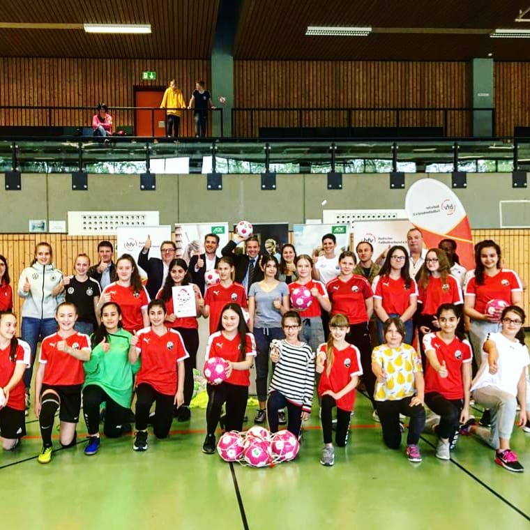 Mädchenfußball-AG In Leimen Offiziell Eröffnet